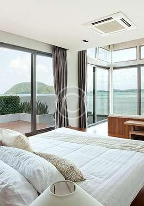 widok z pokoju na okna pcv